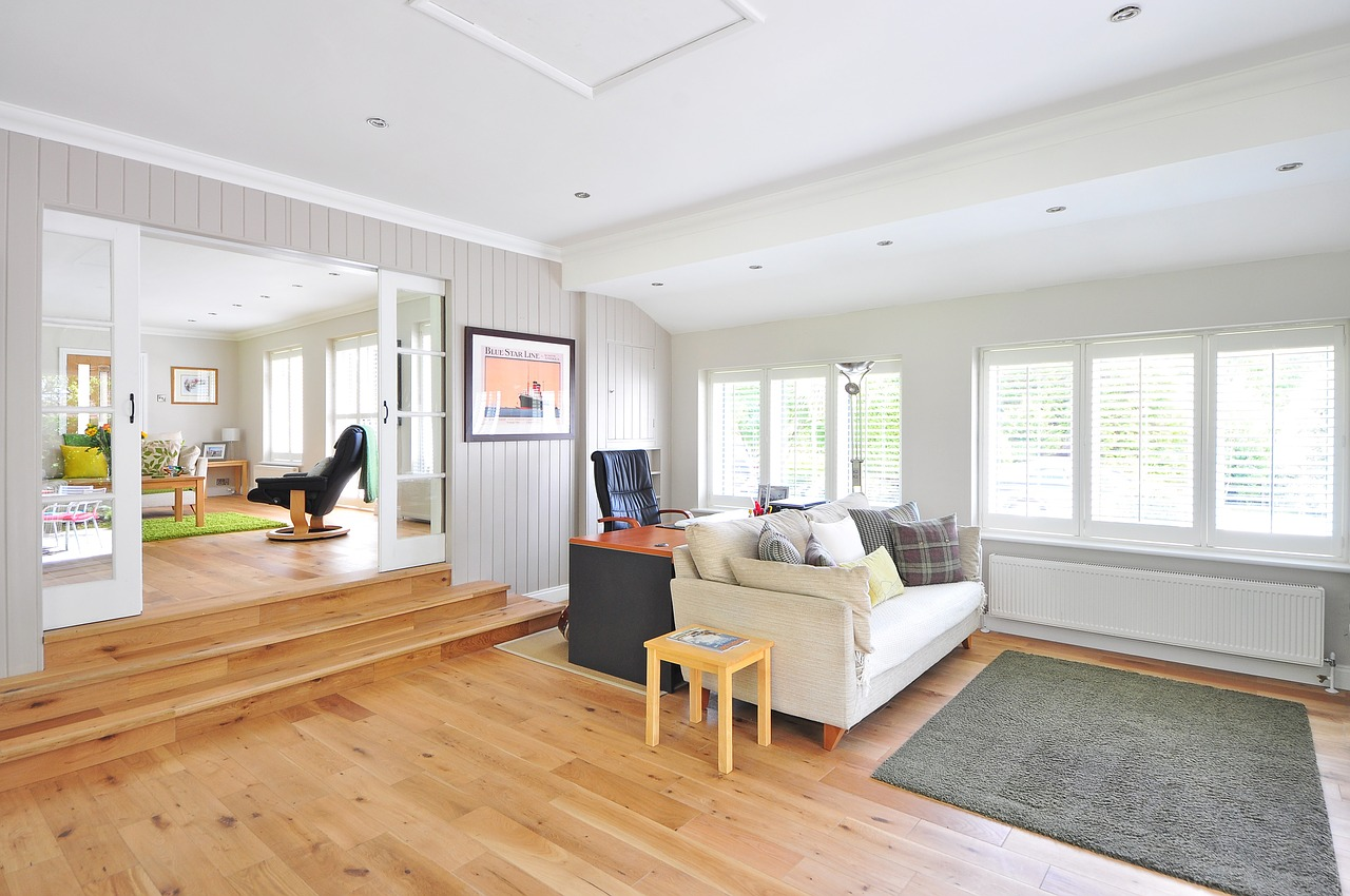 What is the Best Way to Cut Laminate Flooring?